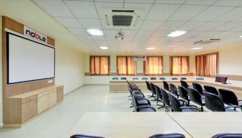 9.-Conference-Room